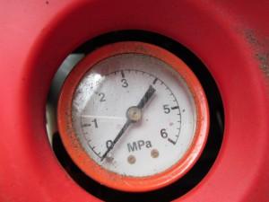 エアタンク圧力計