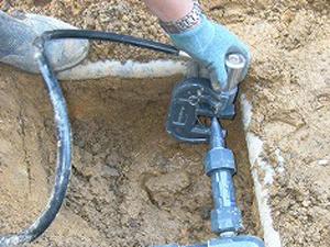 パイプ断水機の使い方