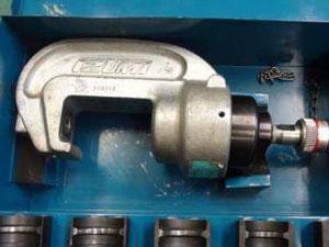 油圧ヘッド分離式工具を買取したお客様の体験談
